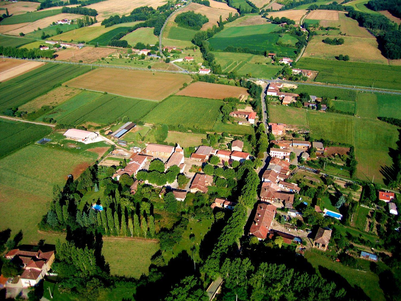 Photo aérienne en grand format d'Anan en Midi Pyrénées