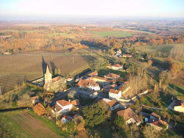 photo aérienne de la commune d'Arquizan, 32250 Montréal du Gers ,