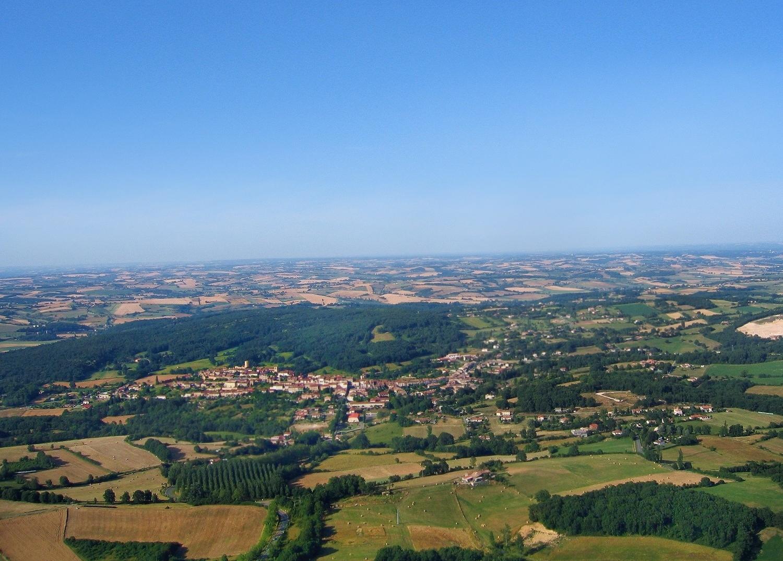 Photo aérienne en grand format d'Aurignac