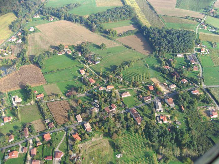 Vue aérienne du quartier Bellevue à Parleboscq