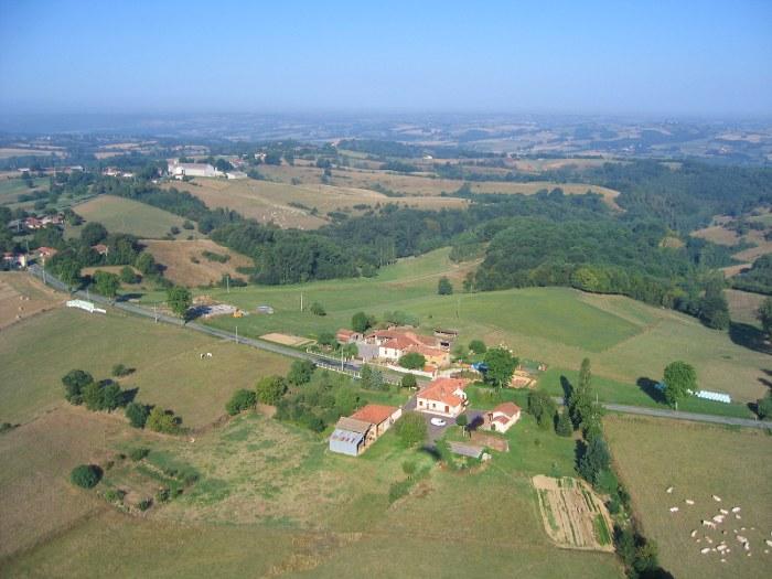 vue aerienne de Castera à Castera-Vignoles en Haute-Garonne