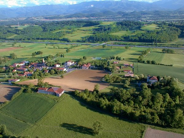 Vue aerienne de Castillon de Saint Martory