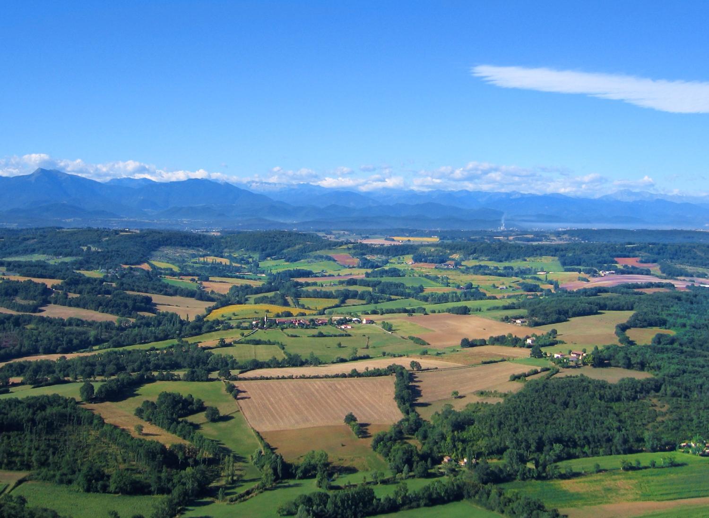 Vue aérienne de Cazeneuve-Montaut