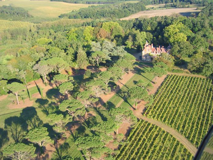 vue aerienne du Chateau de Monbel 32240 Castex d'Armagnac