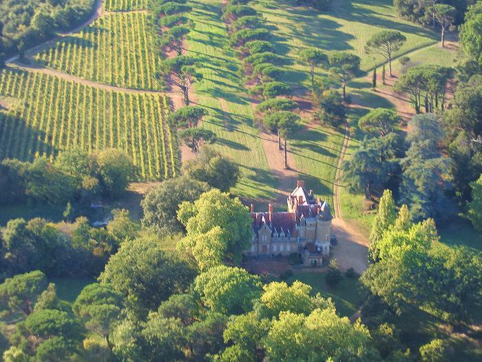 photographie aerienne du Chateau de Monbel 32240 Castex d'Armagnac