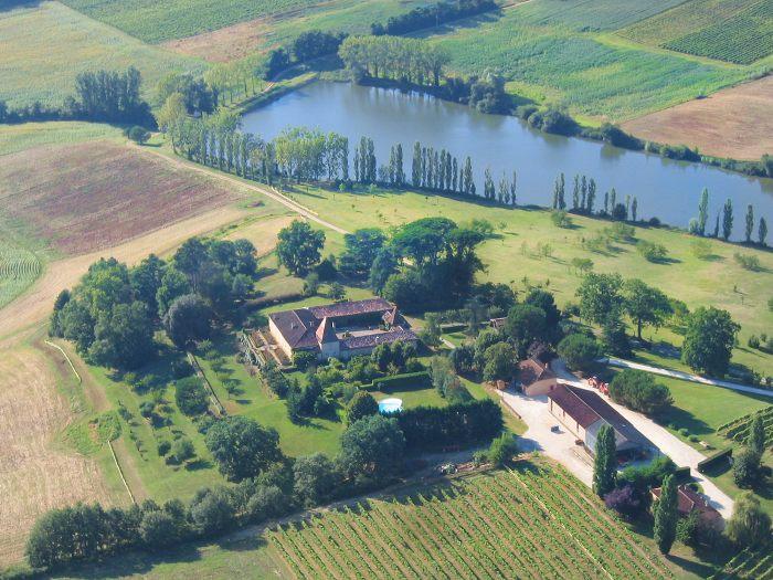 Vue aerienne du Chateau de Saint-Aubin à Réans, 32800 EAUZE