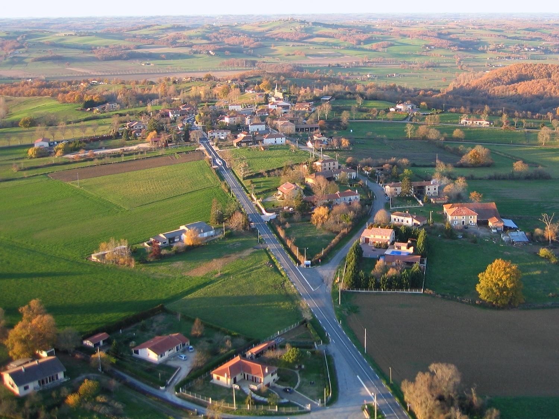 Photo aerienne de la commune de Ciadoux