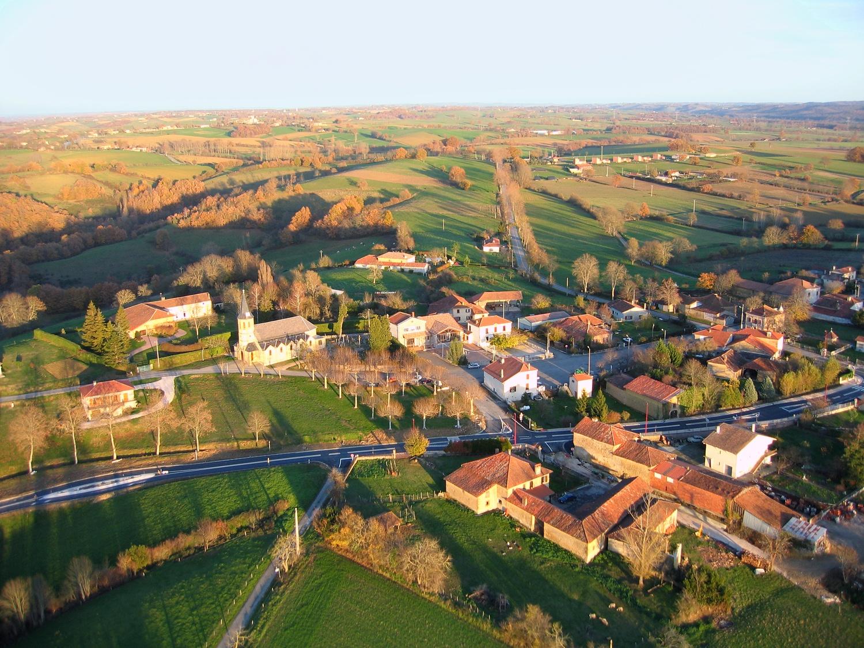 Photo aerienne en grand format de la commune de Ciadoux