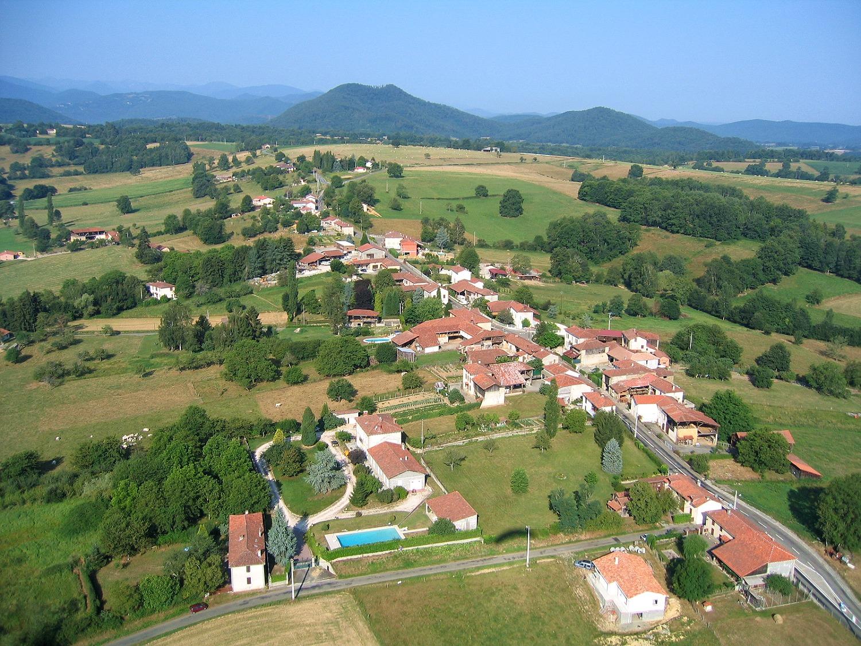 Photo aerienne de Lassere à Estadens en Haute-Garonne