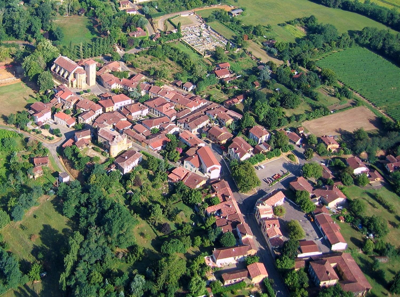 photo aérienne de Panjas dans le Gers