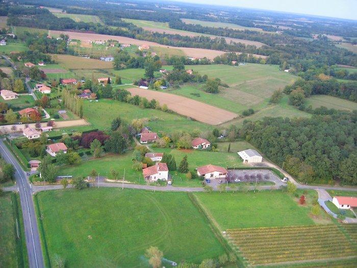 Vue aérienne de la mairie de Parleboscq