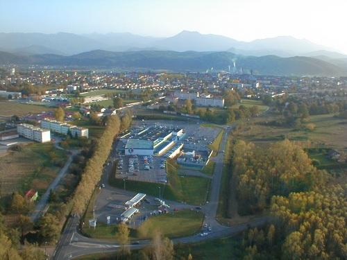 vue aerienne du centre commercial Leclerc de Saint-Gaudens
